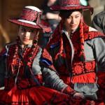 Farbenfrohe Kleider in Peru