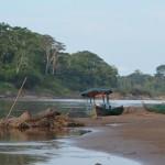 Flussafari im Tambopata Nationalpark