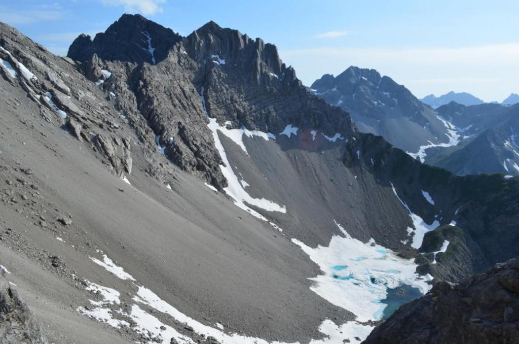 Blick auf dem Schiefersee: Gleich beginnt die Kletterpartie zum Leiterjöchl.