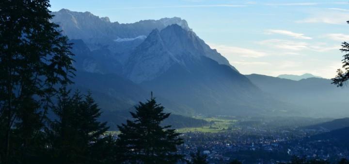 Zugspitze bei Sonnenuntergang