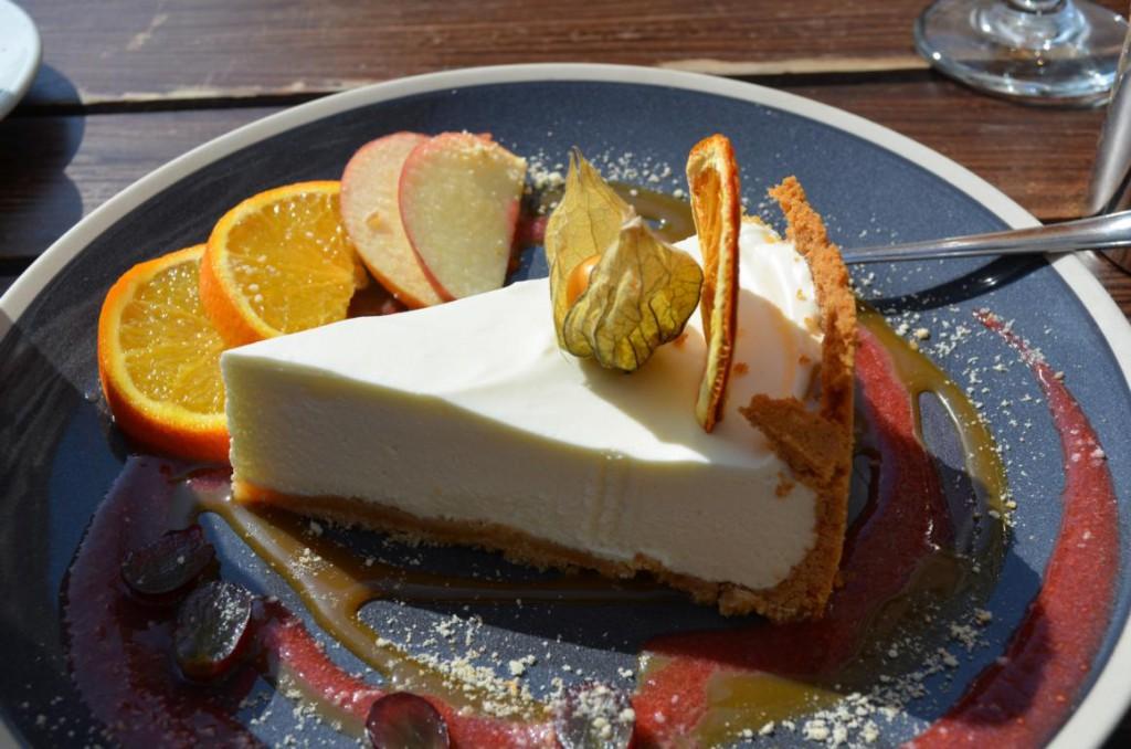 Vorsicht Suchgefahr: Käsekuchen im Sweetday Cafe in Riga.