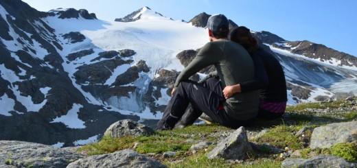 Zeit zu Zweit: Zu Fuß über die Alpen.