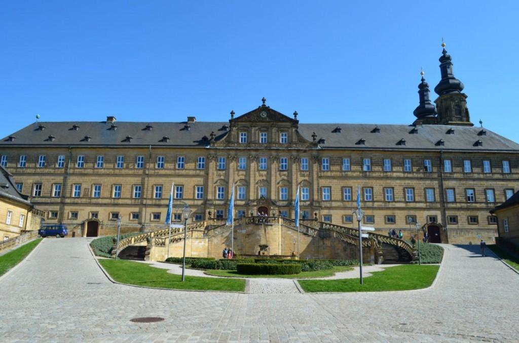 Der Innenhof von Kloster Banz: Eine wahre Augenweide!