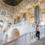Eingangshalle der berühmten Eremittage in St. Petersburg
