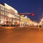 Nevsky Prospekt bei Nacht