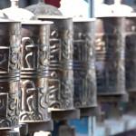 Gebetsmühlen am Swayambunath in Kathmandu