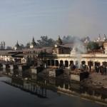 Die Verbrennungsghats von Pashupatinath in Kathmandu