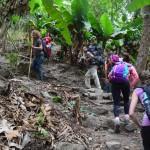 Trekking in Peru: Die schwüle Luft bringt alle zum Schwitzen.