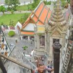Aufstieg zum Wat Arun