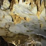 Stalagmiten und Stalaktiten im Lang Cave