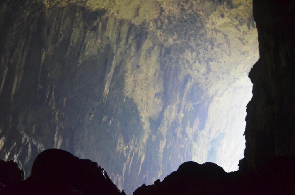 Riesige unerforschte Höhlensysteme im Naturparadies Borneo: Ein Mekka für Abenteurer!
