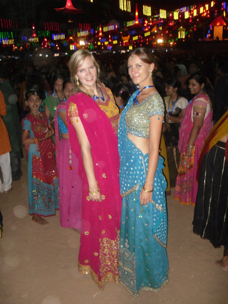 Neu eingekleided: Ich als Garba Tänzerin