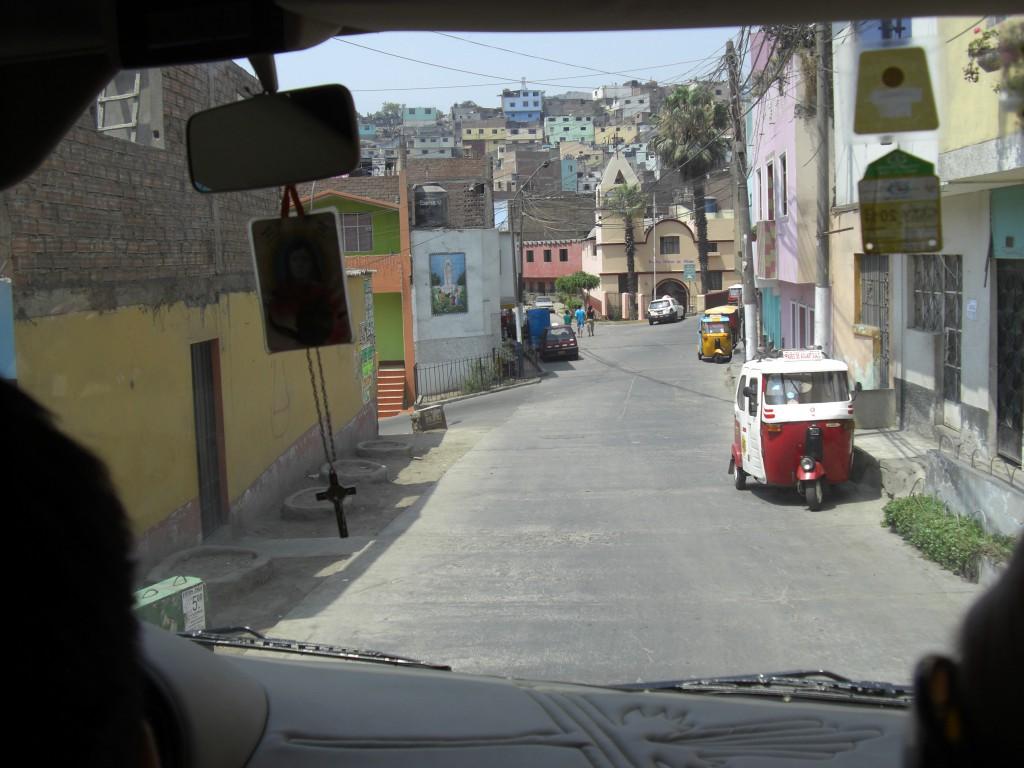 Gleich um die Ecke oder doch eine Weltreise? Distanzen in Peru werden oft unterschätzt! © Ariane - heldenwetter.de