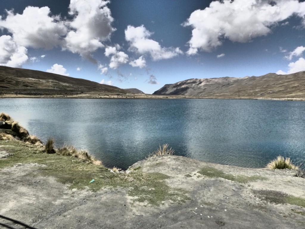 Ausgangspunkt unserer Mountainbike Tour: Der La Chumbre Pass auf 4.650 m.