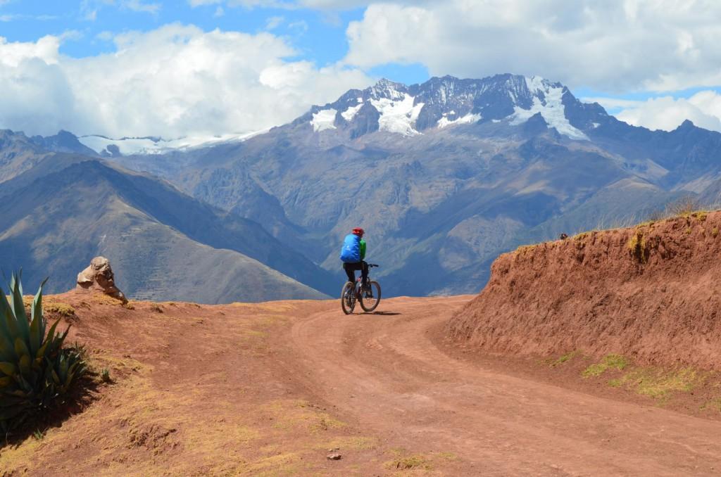 Fantastischen Anden Panorama beim Mountainbiken im Heiligen Tal.