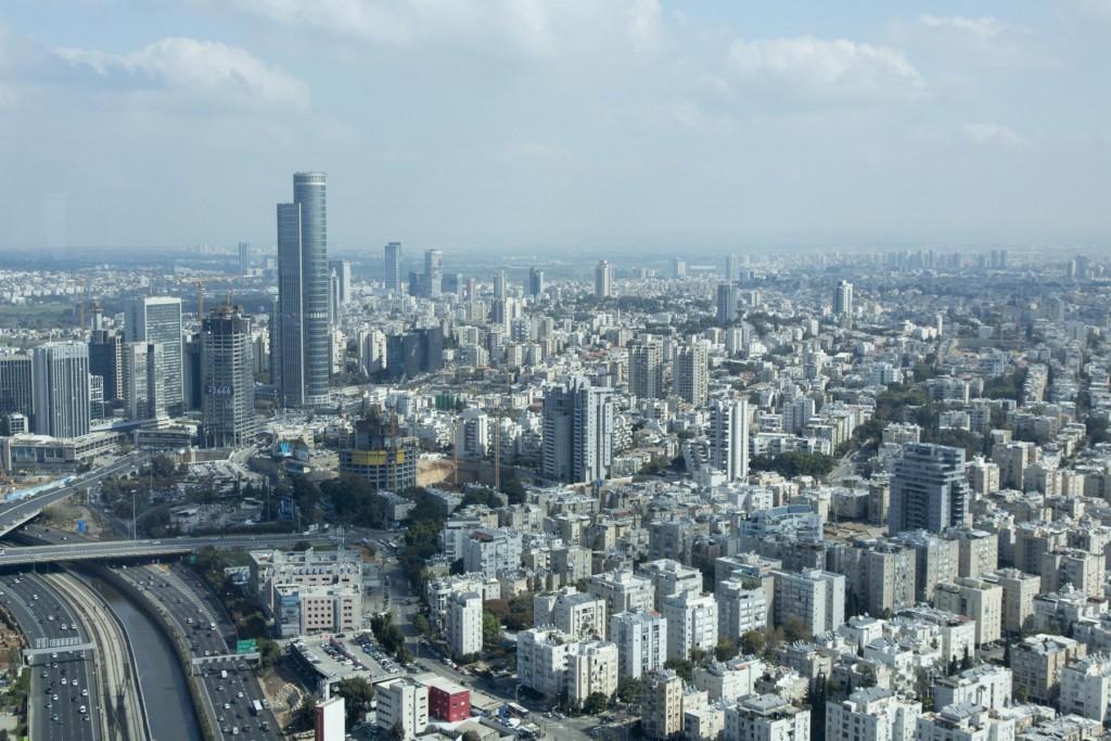 Blick vom Azrieli-Tower über Tel Aviv - © Robert B. Fishman, ecomedia