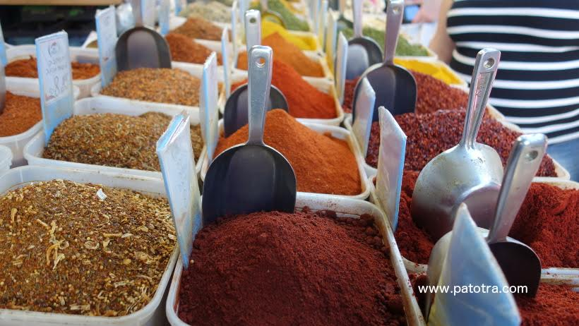Reisetipps Israel: Buntes Markttreiben in Tel Aviv © www.patotra.com