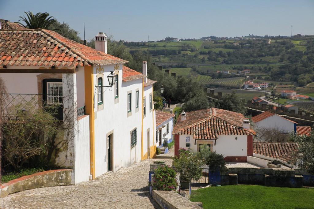 Ein schöner Ausgleich zum turbulenten Lissabon: Ein Tagesausflug nach Óbidos.