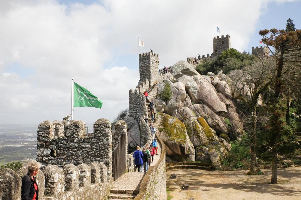 Maurische Burg in Sintra: Nur eine von vielen Sehenswürdigkeiten!