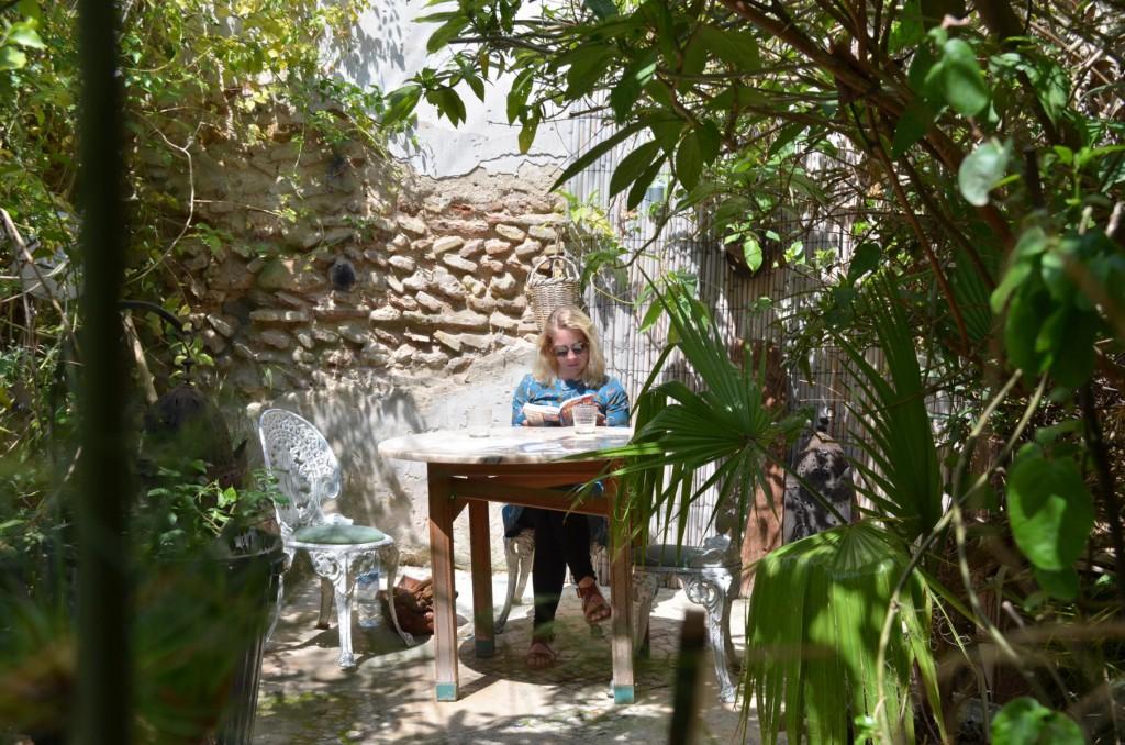 24 Stunden in Fés: Mittagspause im Café Ruined Garden.