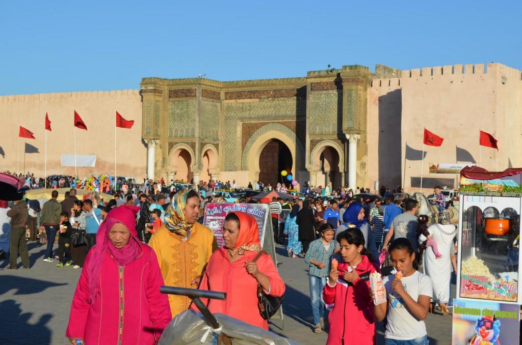 Buntes Treiben in Meknes