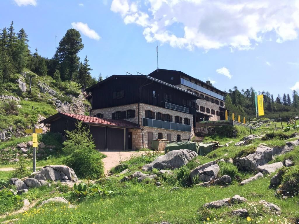 Neue Traunsteiner Hütte auf der Reiter Alpe