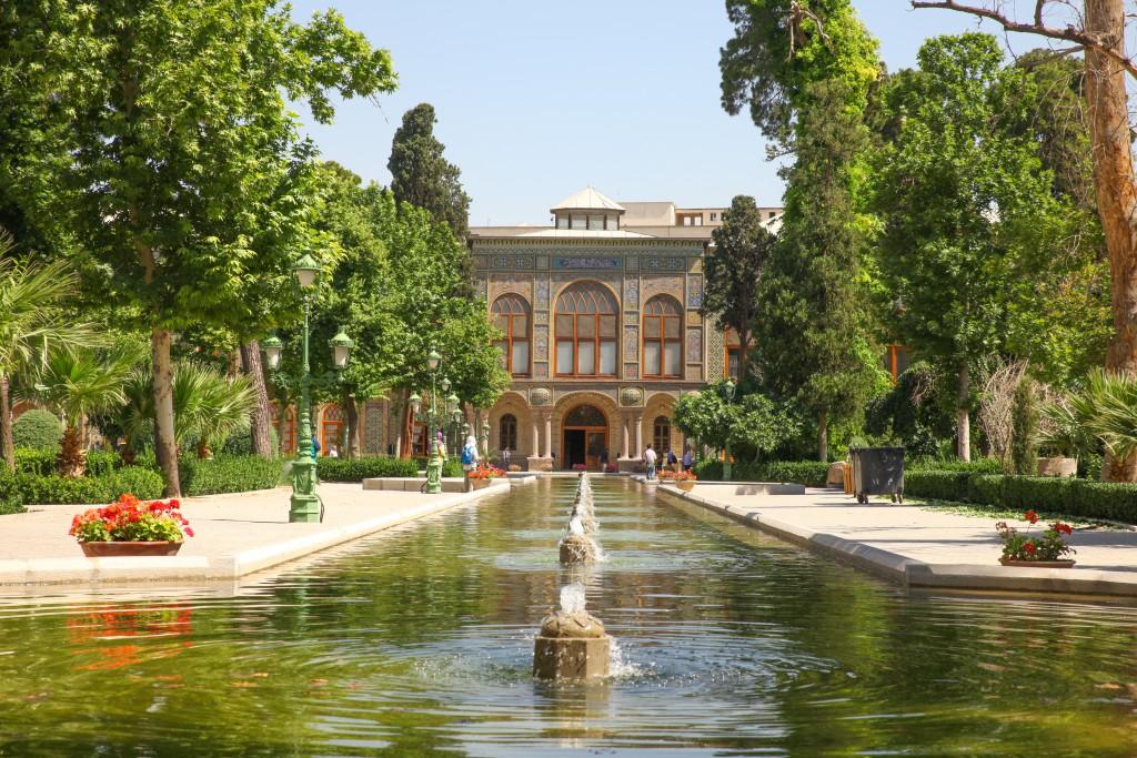 Backpacking Iran: In Moscheen und Palästen wurden keine Mühen gescheut!