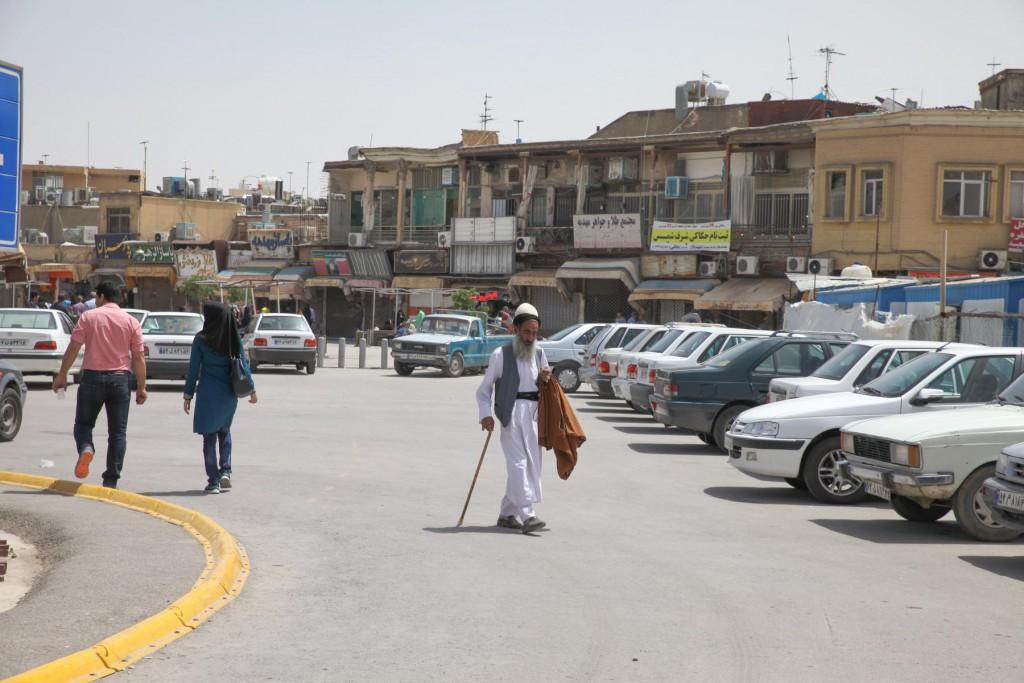 Backpacking Iran: Lieber Öffentliche Verkehrsmittel als selber fahren