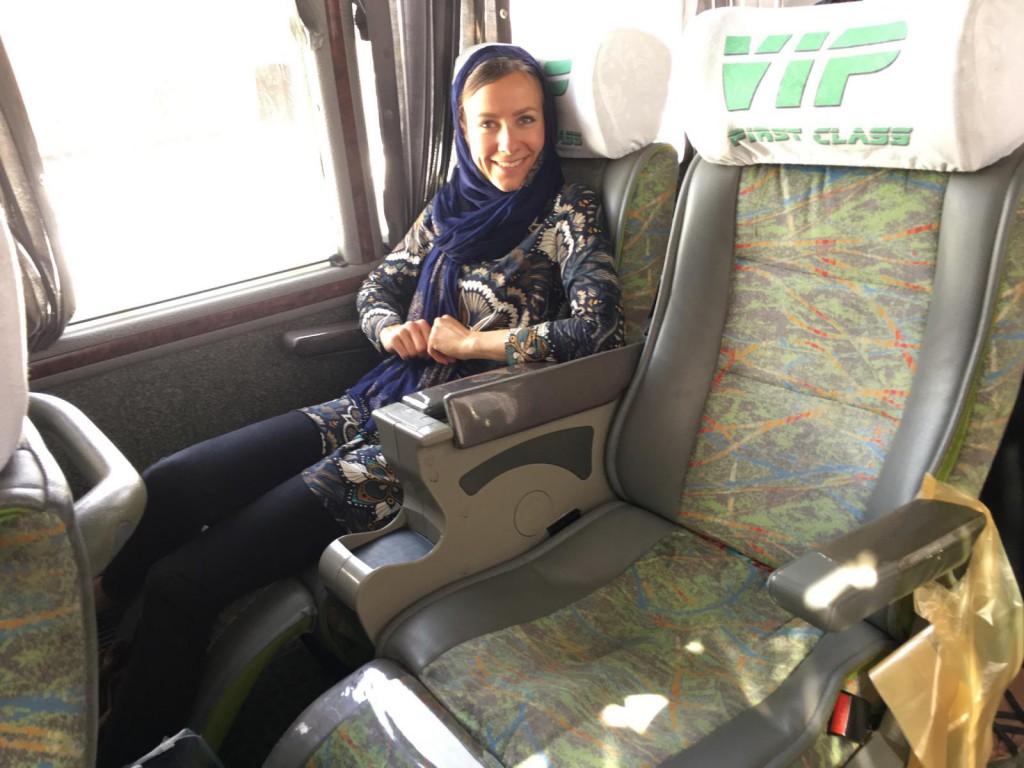 Backpacking Iran: In Sachen Fernbus können sich die deutschen Anbieter im Iran noch was abgucken!