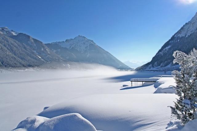 Skifahren am Achensee: Winterzauber und Outdoorspaß