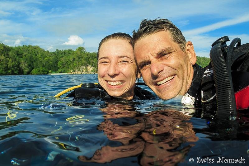 Als Paar um die Welt: Arbeiten im Paradies (© www.swissnomads.ch)
