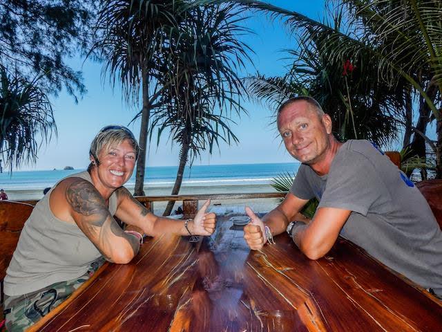 Als Paar um die Welt: Tanja und Bibo (© www.auszeitnomaden.de)