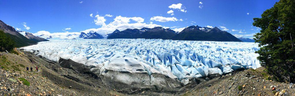 Unfassbare Größe: Der Perito Moreno Gletscher erstreckt sich über 30 Kilometer Länge und 5 Kilometern Breite!