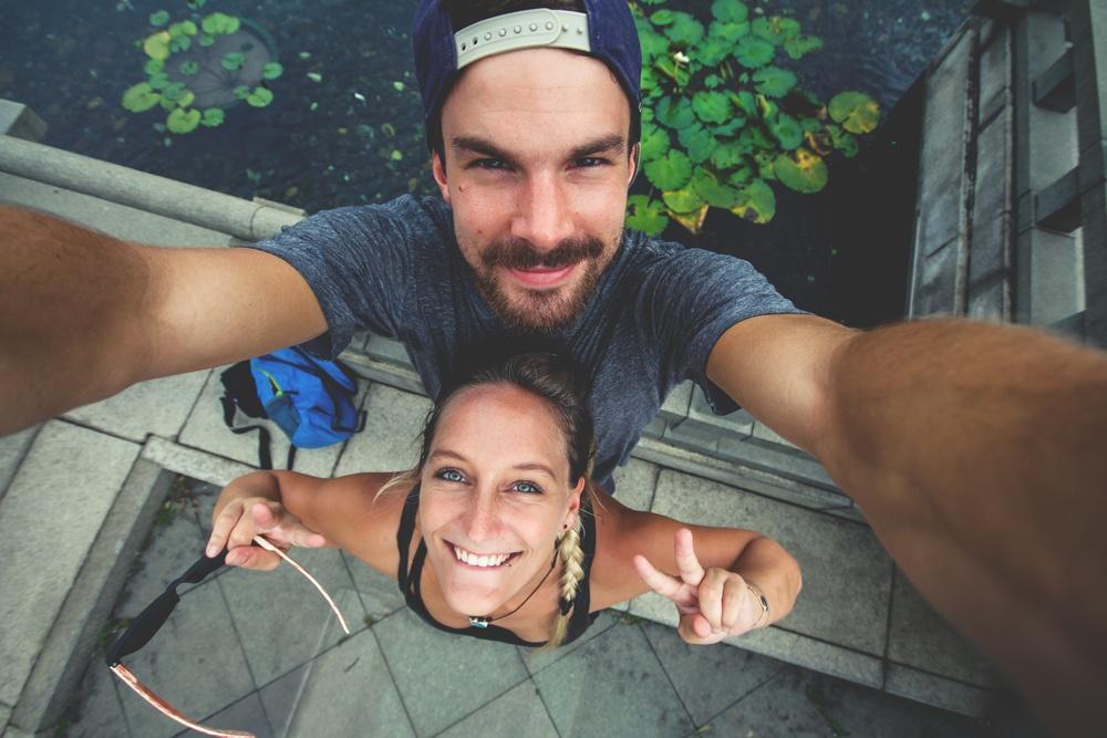 Als Paar um die Welt: Bolle und Marco in Hongkong (© www.kommwirmachendaseinfach.de)