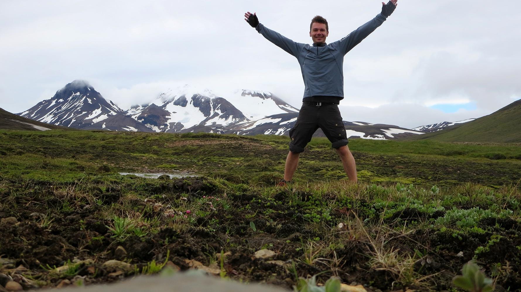 Zu Fuß durch Island: Nur David und die Natur!