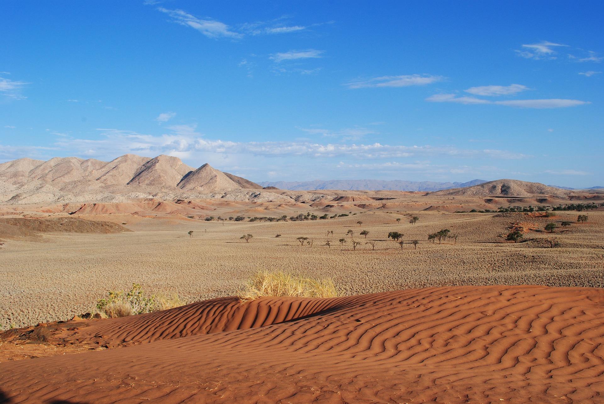 Namibia Selbstfahrer Safari: Plane deine Route und tanke immer voll!