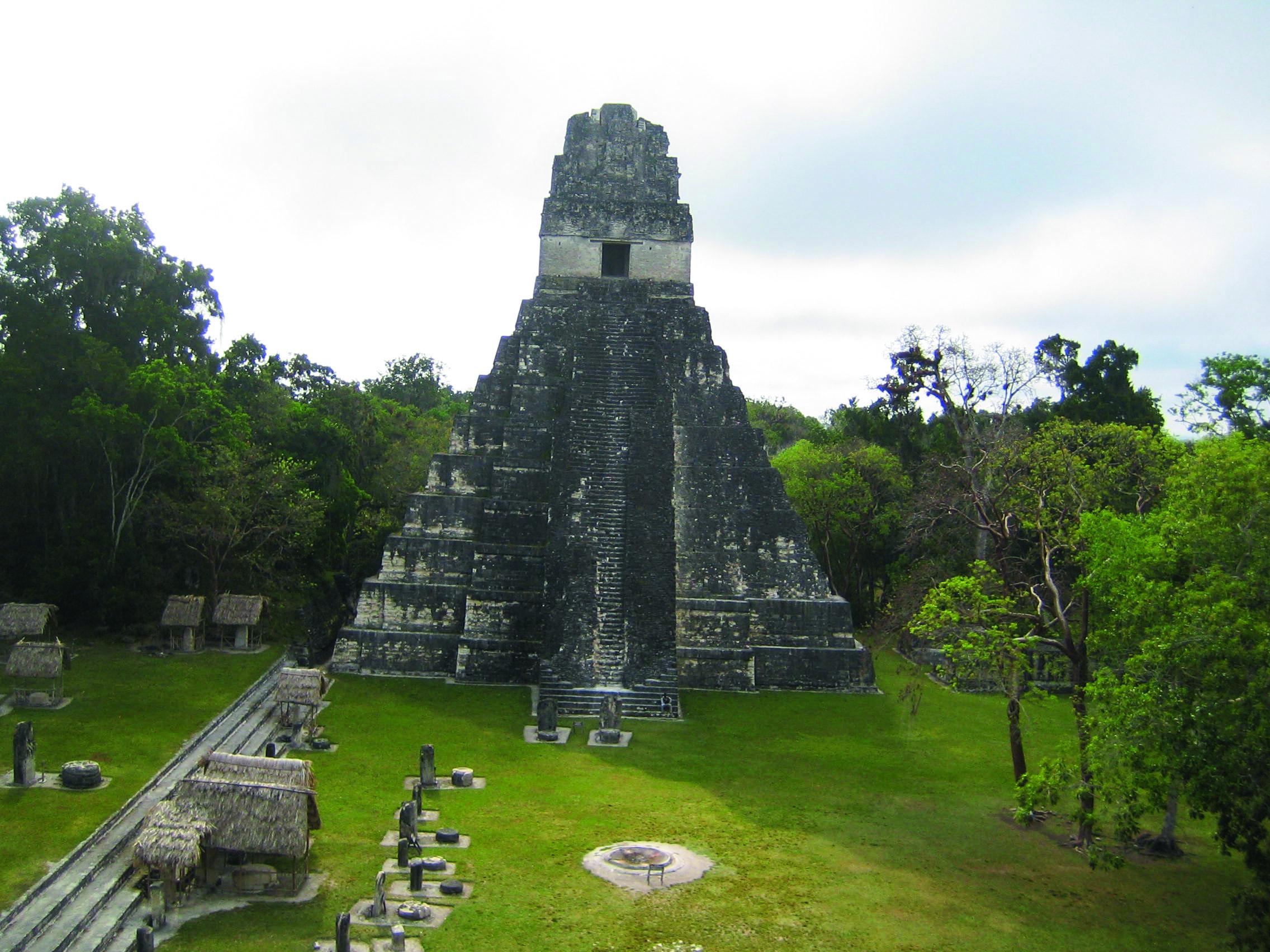 Maya Ruinen Tikal in Guatemala