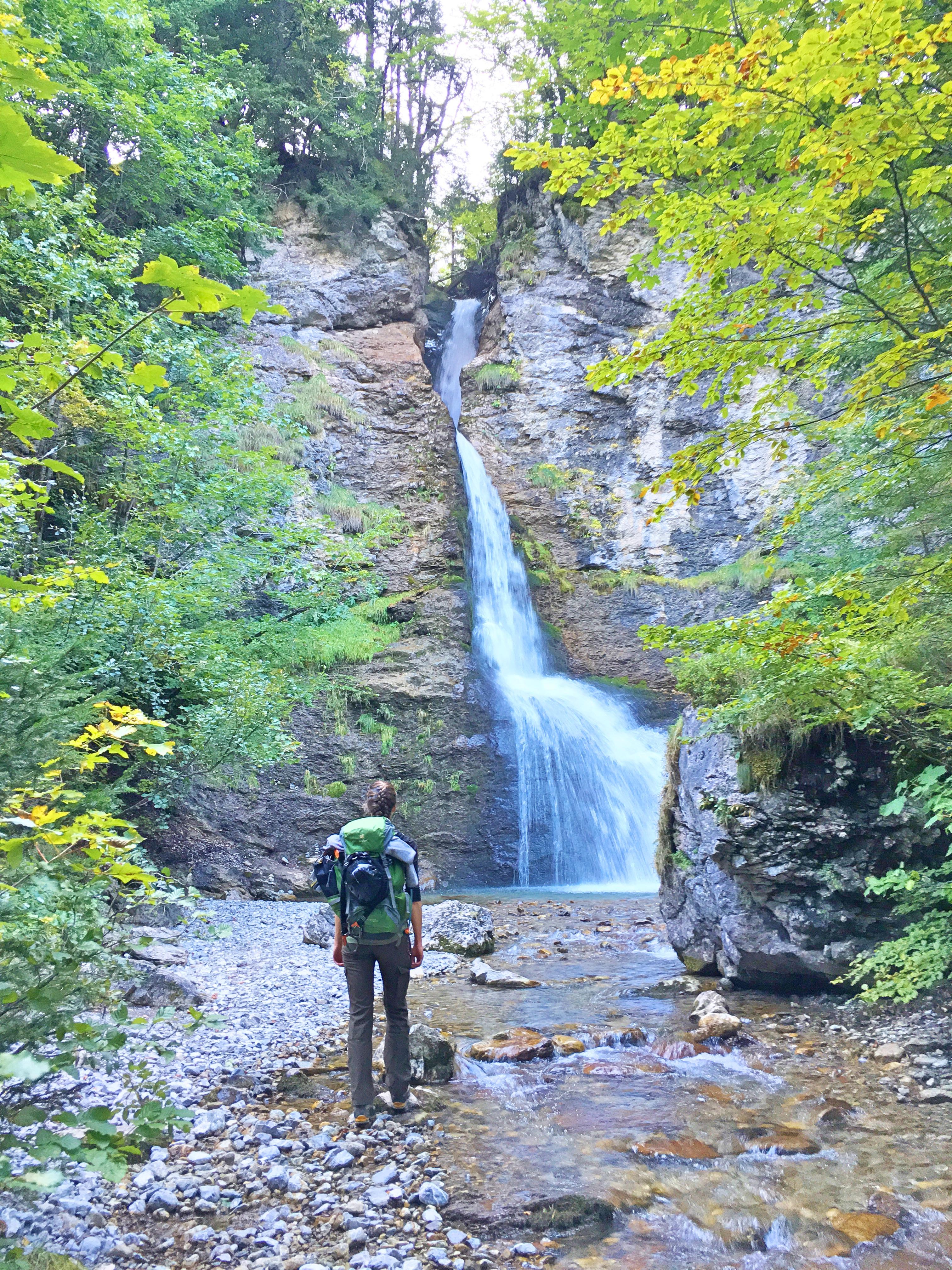 Bergtour Hochvogel: Der Täschlefall begleitet uns auf unserer Wanderungen durch die Allgäuer Alpen.