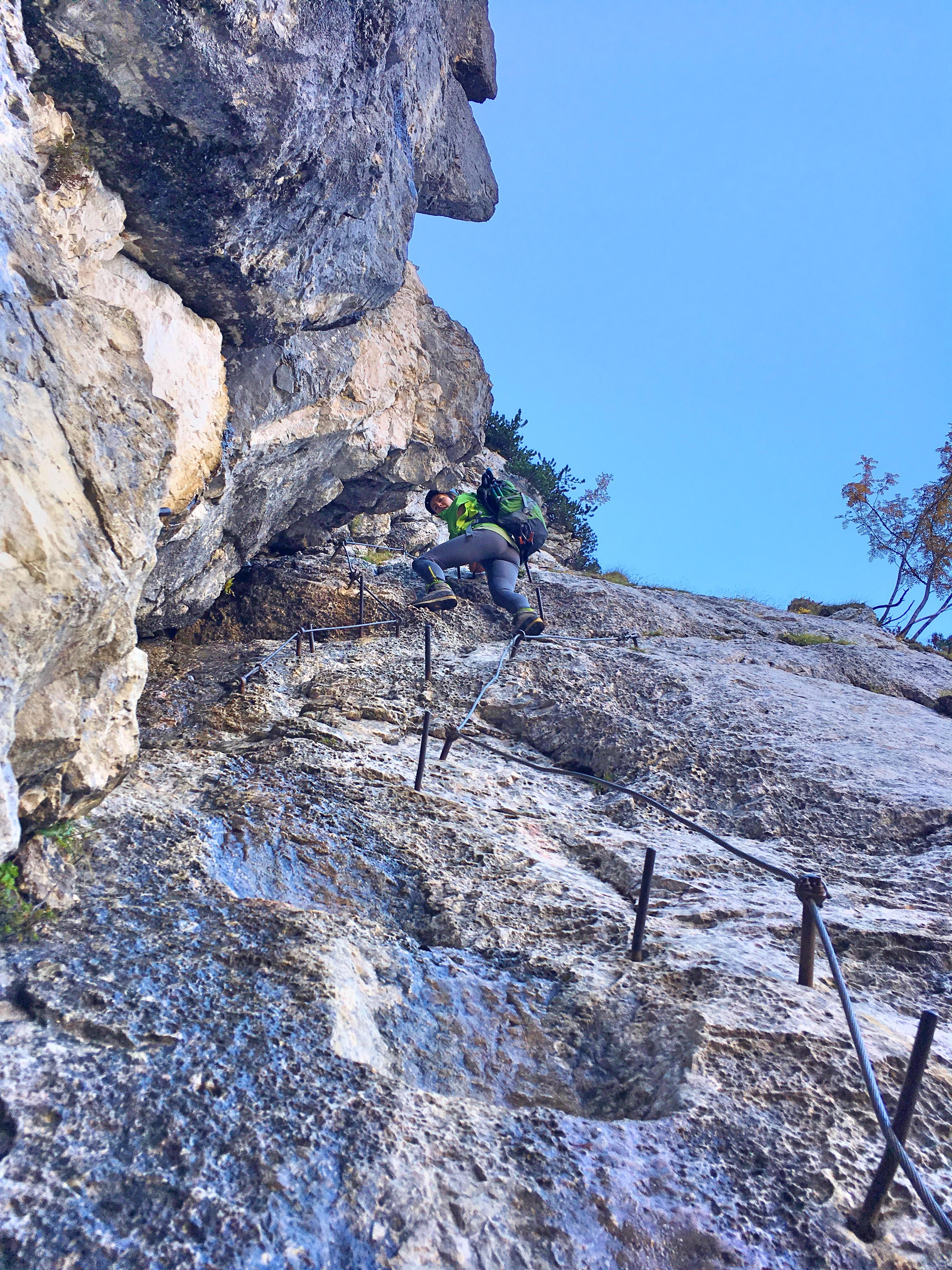 Triglav Besteigung: Der erste Klettersteig auf dem Weg zum Gipfel.