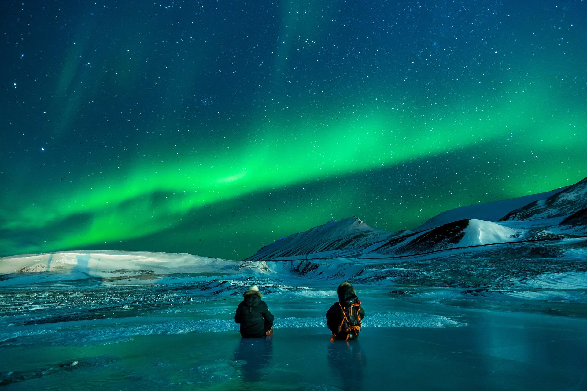 Polarlichter fotografieren: Das passende Equipment für kalte Nächte!