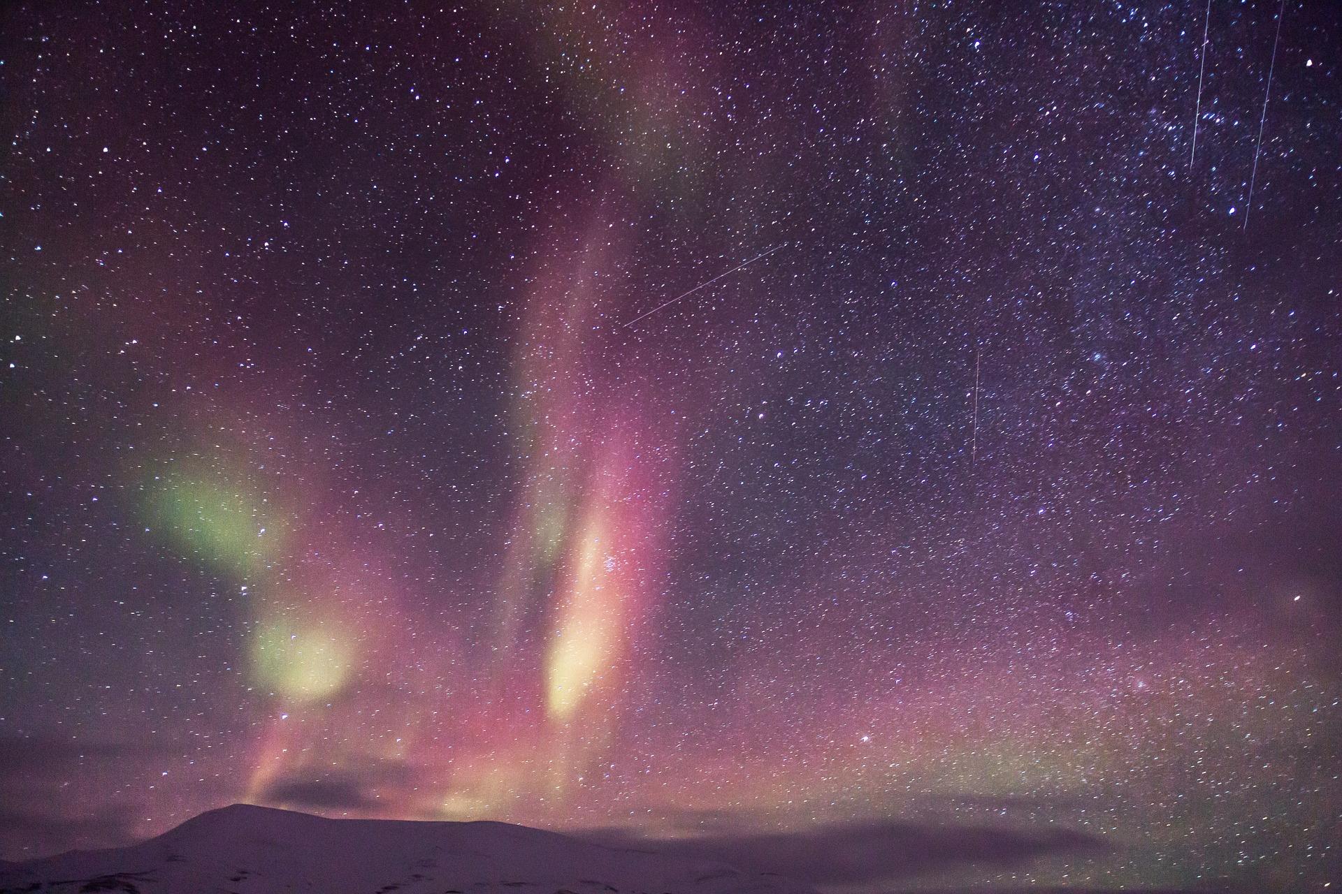 Polarlichter fotografieren: Mit dem Automatik-Modus wird das nichts!