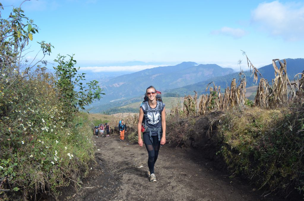 Acatenango Vulkanwanderung: Die ersten Meter sind immer die Schlimmsten!