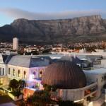 Tafelberg über den Dächern von Kapstadt