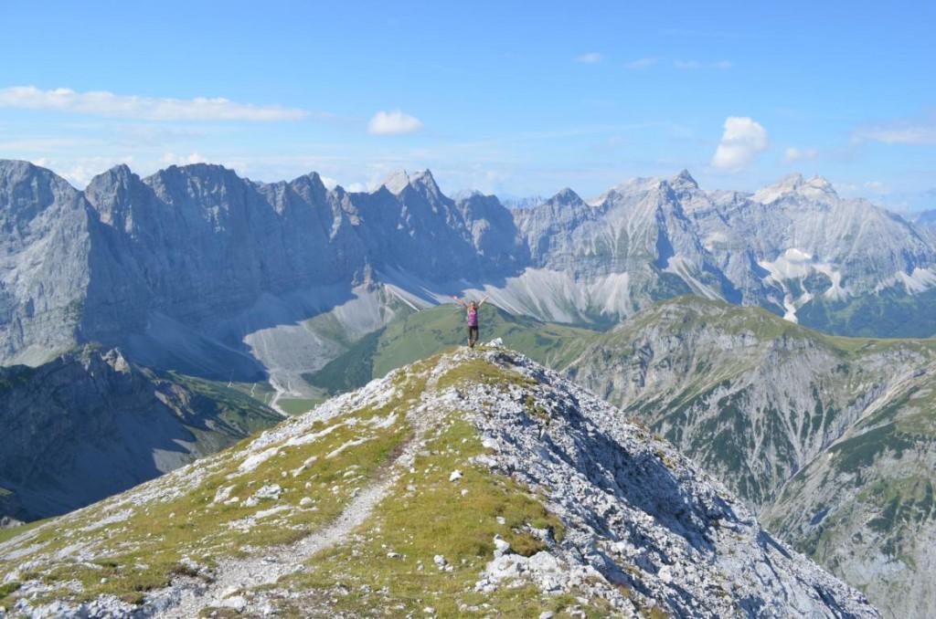 360 Grad Panorama vom Gamsjoch: Der Höhepunkt der Hüttenwanderung Karwendel!