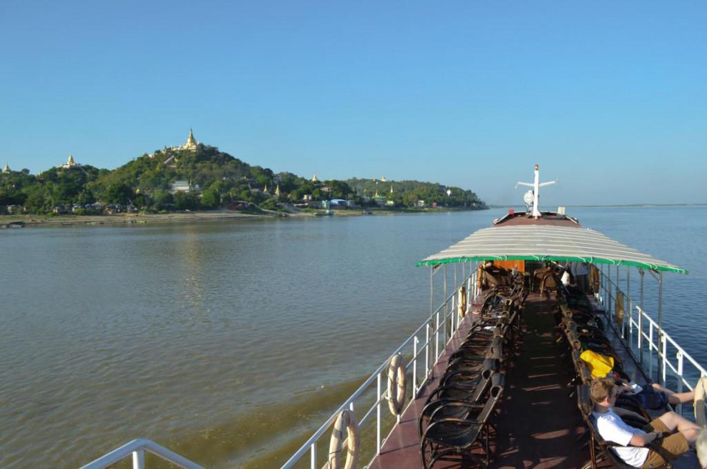 Mit dem Schiff über den Irrawaddy: Gehört zu jeder Myanmar-Reise.