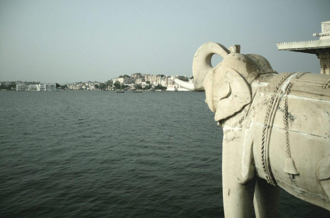 Blick von Jad Mandir auf Udaipur