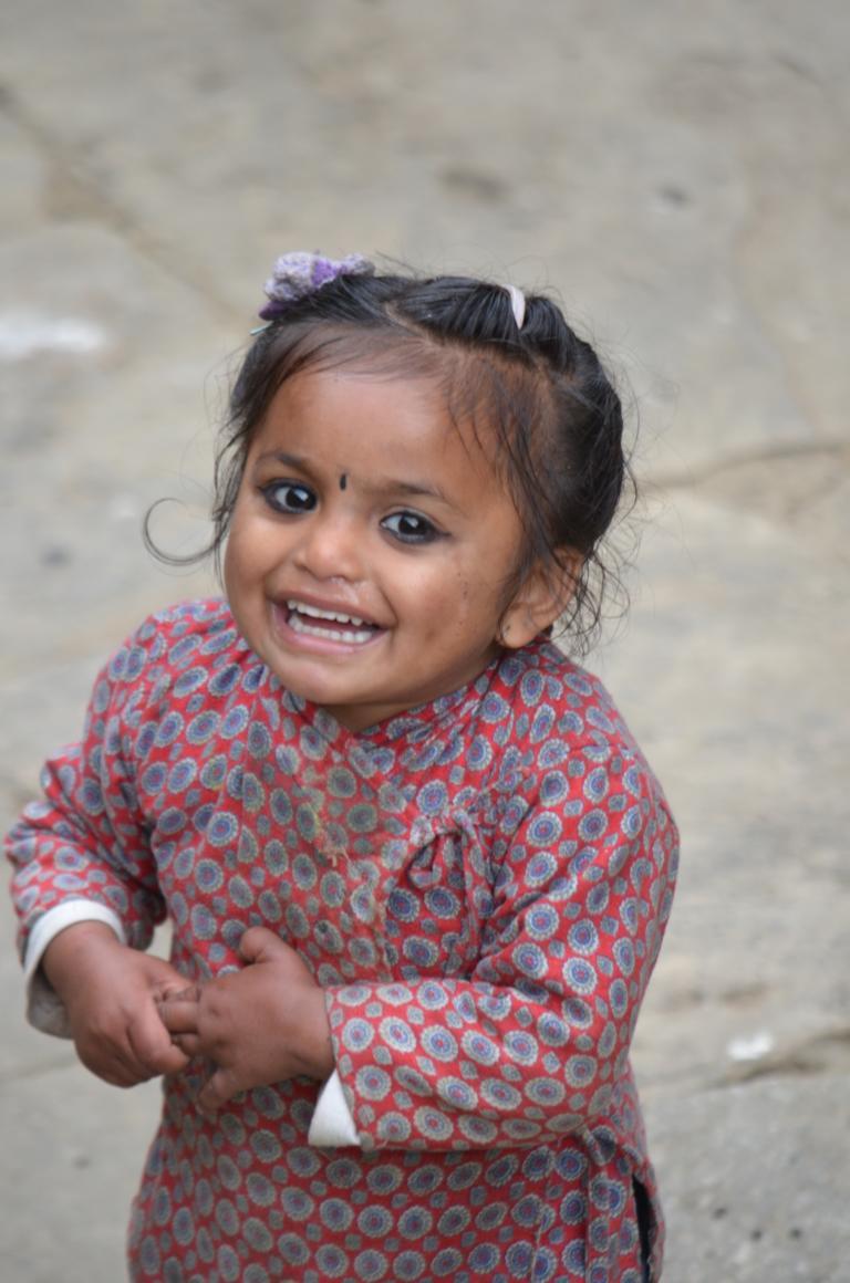 Kleines Mädchen in Ghandruk Nepal, Annapurna Region