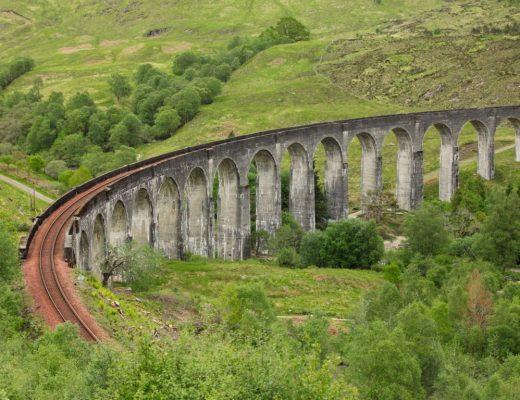 Glenfinnan Viadukt - Hier fährt Harry Potter im Hogwarts Express zur Schule