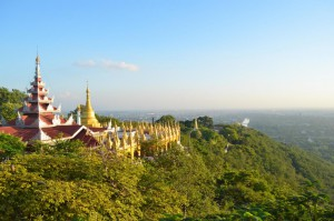 Mandalay Hill: Der Sonnenuntergangs-Spot in Mandalay