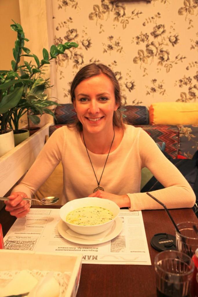 Ich habe die russischen Klassiker für euch getestet! Russland: Eine kulinarische Reise!